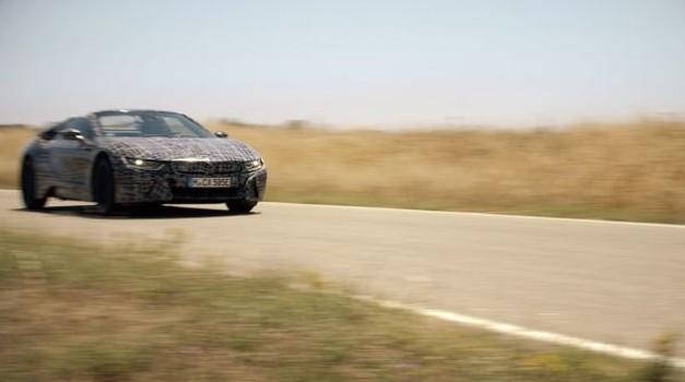 VIDEO + FOTO EKSKLUZIVNO Slavonac Mario Majdandžić i Međimurac Domagoj Đukec zaslužni za prinovu - BMW i8 roadster, prvi plug-in bolid kabrio s 420 KS