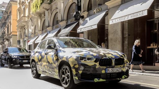 VIDEO BMW X2 - ulazak na mala vrata među najslavnije, kamufliran na Milano Fashion Weeku