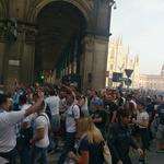 Armadina bakljada ispred Milanske katedrale, fali iskra da se ponove BBB - Start u Teatro alla Scala (foto: Amarela Dolić)