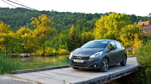 Može li bolje: Peugeot 208 s 2,99 % kamate, s 4 godine jamstva