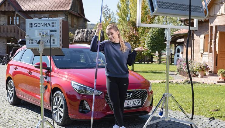 VIDEO: Sara Kolak osvojila i konkretnu nagradu - do 2020. voziti će Hyundai i30 Wagon