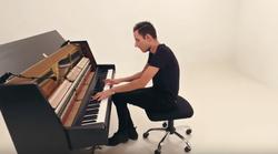 Planetarno popularni pijanist Peter Bence stiže u KD Vatroslava Lisinskog!