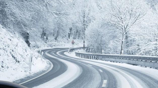 Vozači oprez - od 15. studenog obavezna je zimska oprema