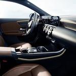 Zavirite u unutrašnjost Mercedesa A-Klase i maštajte o svom autu snova s dva zaslona kao iz zrakoplova (foto: promo Mercedes)