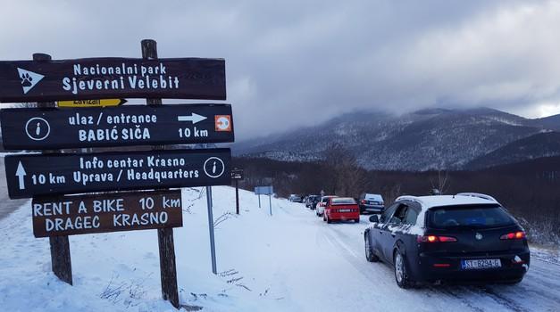 VIDEO: Alfa Romeo na krovu Hrvatske - osvojen snijegom zameteni Zavižan, na -8 stupnjeva