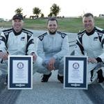 Hrabri trojac Johan Schwartz, Matt Butts i Matt Mullins (foto: BMW Group press)