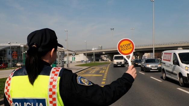 263.000 eura kazna Švicarcu za prebrzu vožnju, zbog istog prekršaja Kerumu 3000 kn - srušen rekord od 116.000 eura iz 1999. šefa Nokije