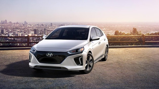 Hyundai Ioniq EV drugi put zaredom dobio nagradu Auto Bilda i Schwackea