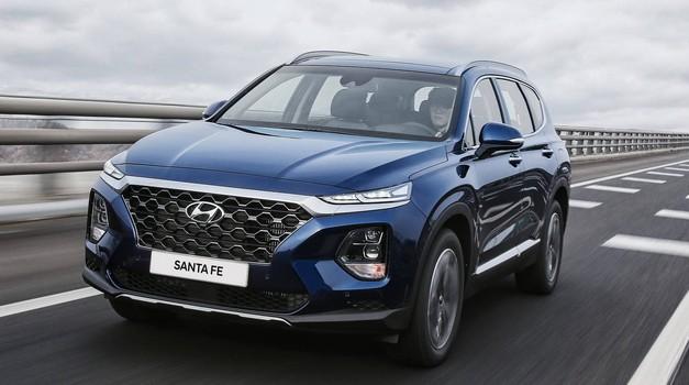 Hyundai Santa Fe dobiva hibridni pogonski sklop