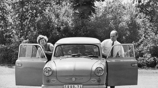 Trabant - Polo DDR-a: plan je bio napraviti tricikl, a ispao je auto za kojeg su liste čekanja bile i 17 godina, a prosječni vijek 28 godina