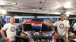 """Hrvati spremni čekaju start u Limi novog Dakar Rallyja, a uzdaju se u """"čudovišni"""" bolid od 192 KS koji je dugačak kao Fićo"""