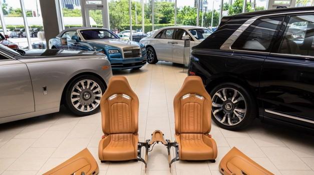 Unutrašnjost Bugatti Veyrona košta čak 150.000 dolara