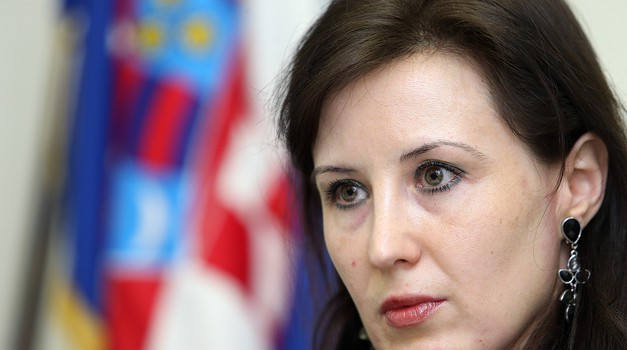 Dalija Orešković bez imalo pompe osnovala stranku START i prvo kreće na lokalne izbore u Ličko-senjskoj županiji