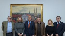 Milan Bandić sastao se s predstavnicima Hrvatskog diplomatskog kluba