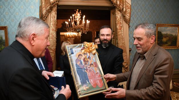 Zagrebački gradonačelnik susreo se s beogradskim nadbiskupom Stanislavom Hočevarom