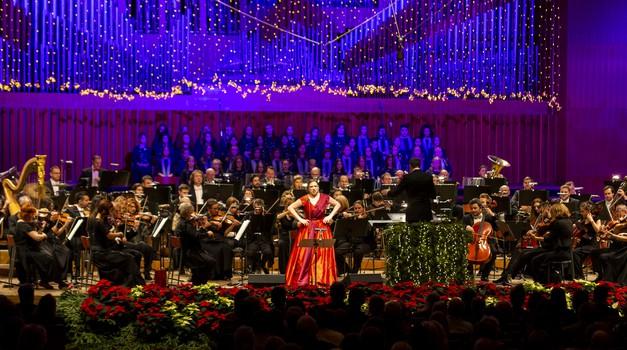 VIDEO Točno prije 50 godina izašao je prvi broj STARTA, slavlje na Filharmonijskom balu u Dvorani Lisinski, u čast novinske Flower Power revolucije