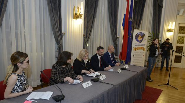 """U okviru Tjedna Kosova u Hrvatskoj, održan okrugli stol """"Dijaspora i regija"""""""