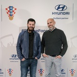 Video i foto galerija: Korejski, hrvatski i izraelski Crème de la Crème javnog života sinoć je glamurozno dočekao Vatrene nogometaše koji su otvorili Hyundai centar (foto: Igor Stažić)