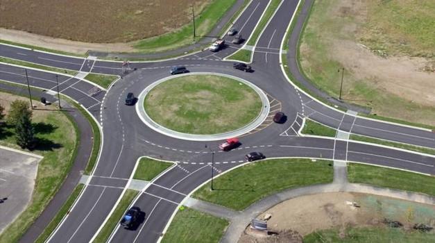 Stručnjaci dokazali da kružni tok može prepoloviti broj prometnih nesreća