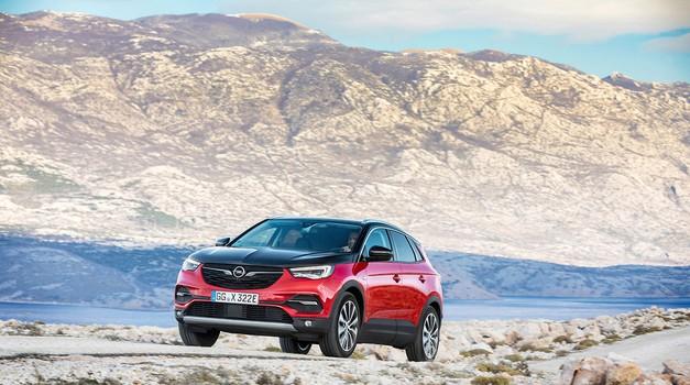 Hrvatska i Peugeot za veliki zaokret Opela prema struji, do 2024. svi modeli na struju a udarna igla je plug in Grandland X 4x4