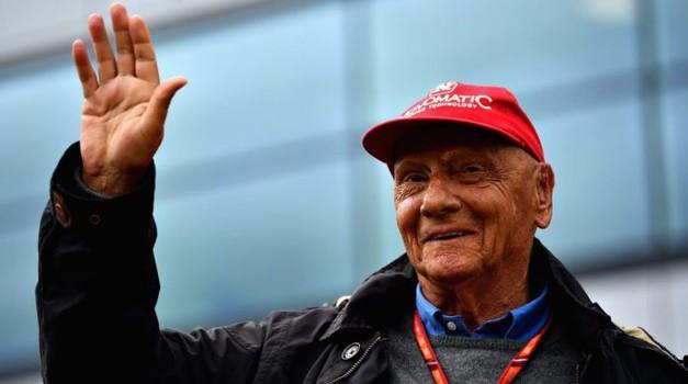 U 71. godini preminuo legendaran austrijski F1 prvak Niki Lauda, završio je buran život u miru u snu, a živio je sto na sat i bio je poput mačke s 9 života