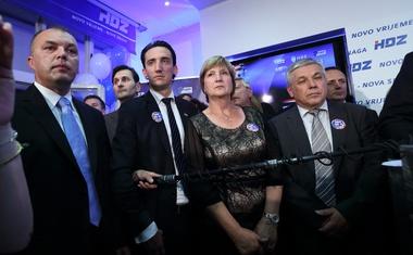 HDZ-u davali 52,55% VIŠE glasova, a Ruži Tomašić čak 74,19% MANJE  - ankete po narudžbi dotakle su dno, u prosjeku su Oraclum, Ipsos i Promocija plus griješili i više od 40%