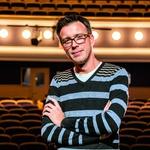 Krešimir Batinić preporodio Komediju koja je odnedavno u njegovim rukama, dirigentsku palicu zamijenio je direktorskom, jer brojke bolje idu kad ih pokreću note (foto: Bojan Haron Markičević)