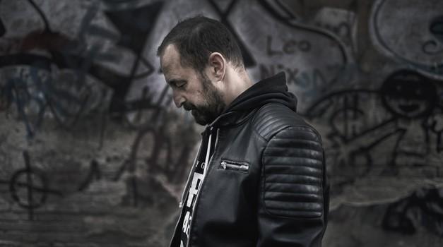 Sokolar, glazbenik i kipar Vitold Košir vinuo se visoko i u umjetničko nebo, a izložba u Džamiji je posve nesvakidašnja