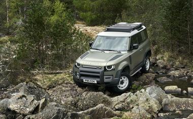 VIDEO x3 Spreman za put gdje ne može ni jedan drugi, u Frankfurtu predstavljen novi Land Rover Defender, Kralj kraljeva među terencima