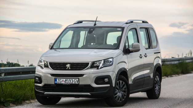 TEST: Peugeot Rifter 1.5 BlueHDi 100 Allure