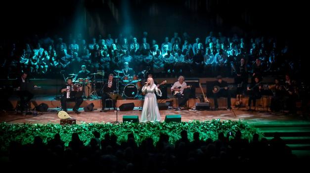 Hanka Paldum INTERVIEW  Kraljica izvornog sevdaha rasprodala kultni Lisinski i tri tjedna prije koncerta, a među zaljubljenicima njene glazbe bio je i Milan Bandić