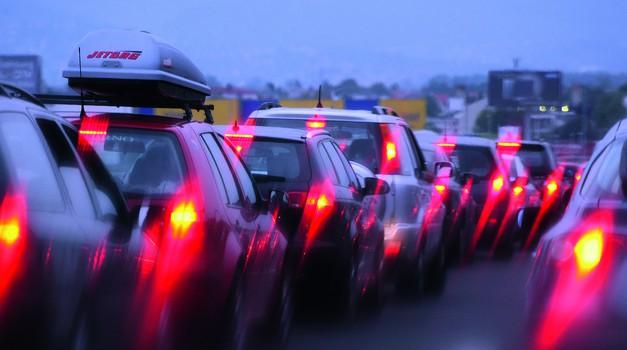 ŠOKANTNO Auti drastično poskupljuju od 1. siječnja 2020. zbog EU! Suzuki Vitara skuplja 31.625 kn, a Volkswagen T-Roc od 137 g C02/km  i 36.907 kn, a koliko ostali?