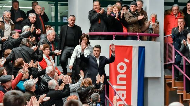On kaže da je NORMALAN, on je Zoran Milanović, RAVNO U SRIDU sedmi po redu hrvatski predsjednik. Njemu pripada novih 5 godina