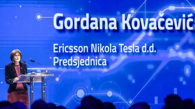 Ericsson Tesla izdao naredbu - informatičari iz odjela u kojem je radio zaraženi od sada rade od kuće i ne smiju dolaziti na posao