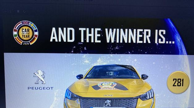 SVI NAJBOLJI NA STRUJU Peugeot 208 na benzin, dizel i struju osvojio titulu Europskog automobila 2020. godine, porazivši 100 posto električni Teslu Model 3 te Porsche Taycana