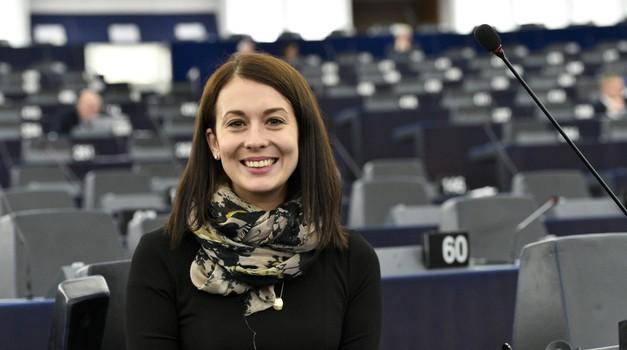 Na poziv domovine, mađarska europarlamentarka i liječnica Katalin Cseh napustila Europarlament i pridružila se mađarskim medicinarima u borbi protiv COVID-19