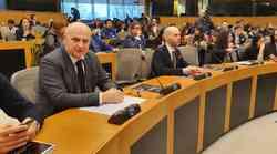 Godine nerada, bujanja državne birokracije, stranačko zapošljavanje, oslanjanja isključivo na turizam skupo će stajati Hrvatsku. Kolakušić podržao mjere EU komisije
