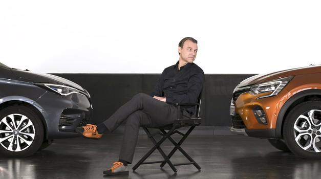Njegov posao je dizajniranje Renaultovih modela, a njegov su fetiš tenisice. Za svaki novi auto osmislio je i pripadajuću obuću. On je Laurens van den Acker