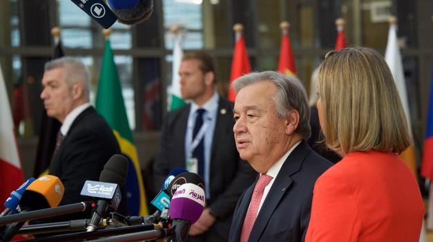 Zastrašujući porast obiteljskog nasilja zbog pandemije Covida-19 koja je zamka za žene s nasilnim partnerima, izjavio šef Ujedinjenih naroda
