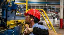 Gotovo 9 milijuna radnika u Francuskoj uključeno u mehanizam privremene nezaposlenosti