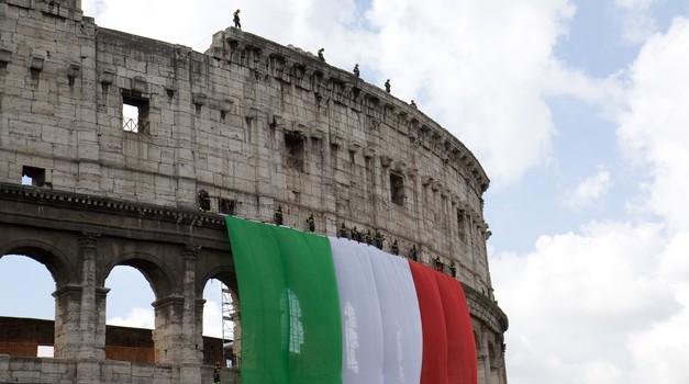 Sve više anketa pokazuje antieuropsko raspoloženje Talijana, pandemija ih dotukla i pitaju se, a što je sa solidarnošću