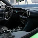"""SVJETSKA PREMIJERA Opel Mokka prva je """"Munja"""" koja stiže s posve novom maskom kakve će ubuduće krasiti sve modele iz Russelsheima, nasađana je na platformu PSA koju koristi i Corsa i ide na STRUJU (foto: Opel)"""