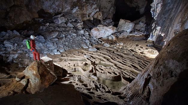 Jama Munižaba na najprestižnijem svjetskom speleo kalendaru za 2021., a autor je mostograditelj iz Karlovca
