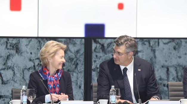 Kolakušić je, a kako to da SDP nije zatražio ostavku i ispriku Ursule von der Leyen zbog nezakonitog sudjelovanja u predizbornom spotu HDZ-a