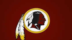 """Američki nogometni klub """"Washington Redskins"""" mijenja ime kluba zbog optužbi za rasističku konotaciju"""