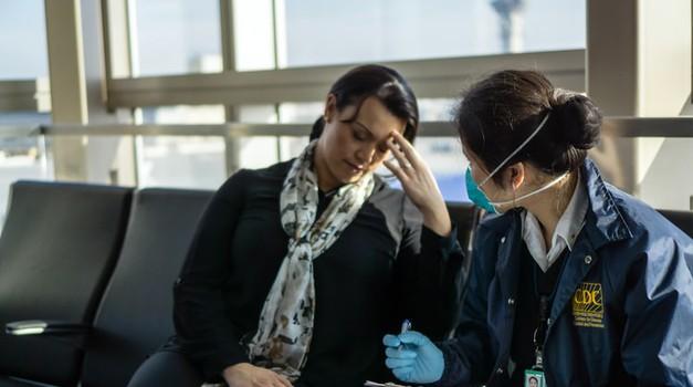 EU namjerava legalizirati nošenje maski u avionima