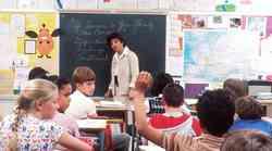 COVID-19 će se u školama širiti brže nego što se pretpostavljalo, upozorava izvještaj