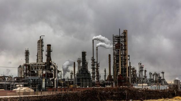 Naftni gigant BP smanjuje proizvodnju za 40% i ulaže milijardu dolara u zelenu energiju