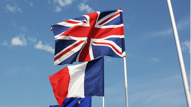 Britanija uvodi 14-dnevnu karantenu za putnike iz Francuske, Pariz uzvraća istom mjerom