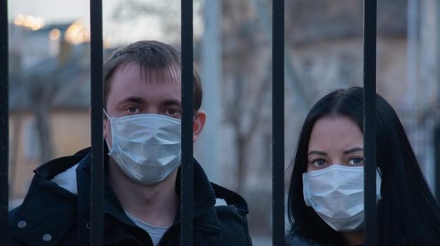 Italija uvodi obvezu nošenja maski na otvorenom